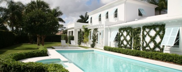 Simplicity in a Palm Beach Style Garden